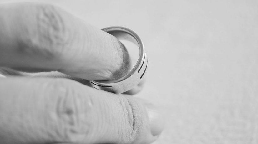 Psihoterapeut Roxana Agafitei – Impactul divortului parintilor asupra copiilor