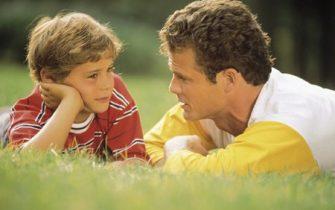 """Prelegere: """"Cum ii ajutam pe copii sa-si puna in valoare calitatile si sa nu lase defectele sa-i descurajeze"""" (Seriele TDM)"""